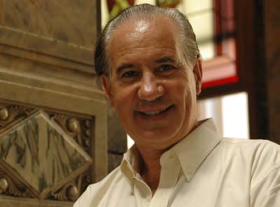El escritor Rupero Long
